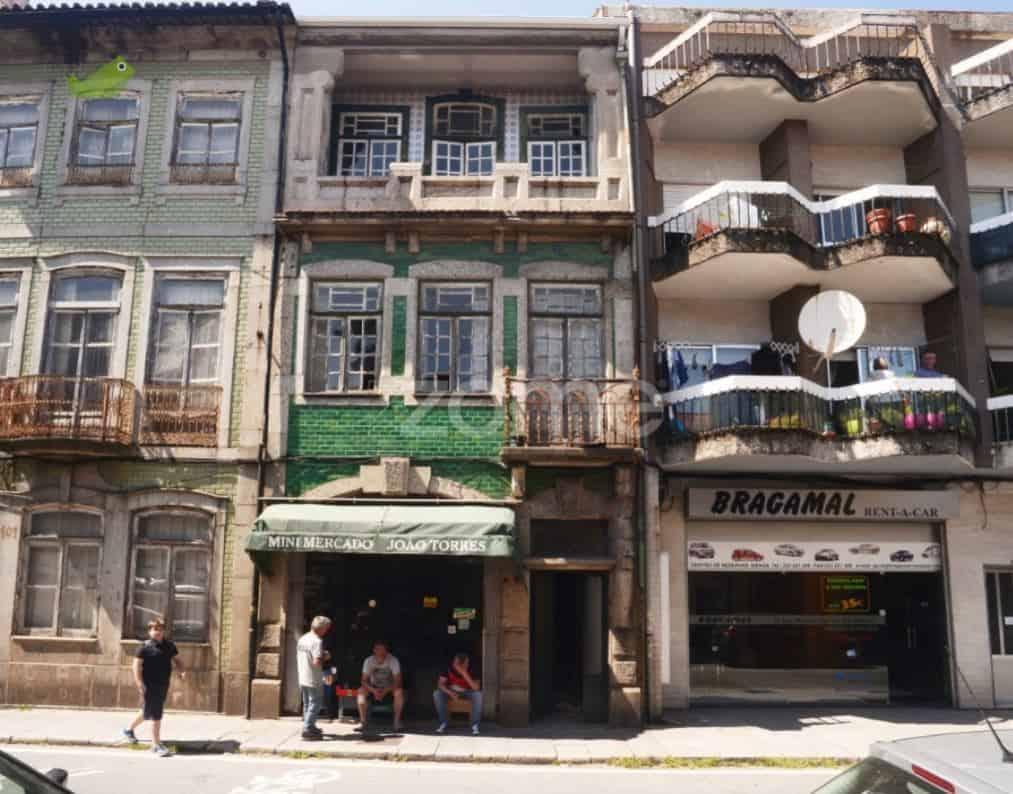 בניין לשיפוץ בבראגה – Braga